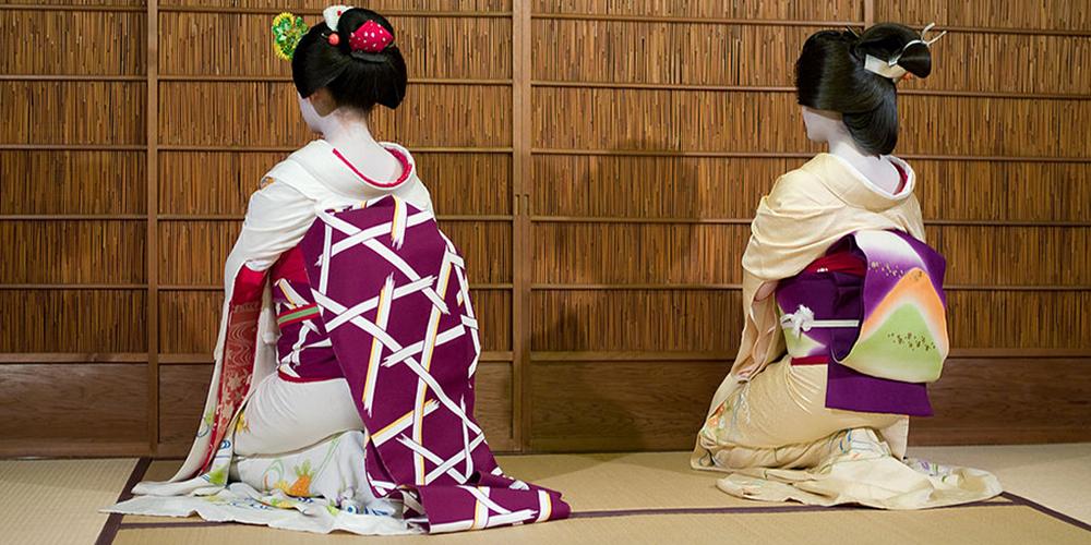 wikipedia-geisha-et-maiko.png